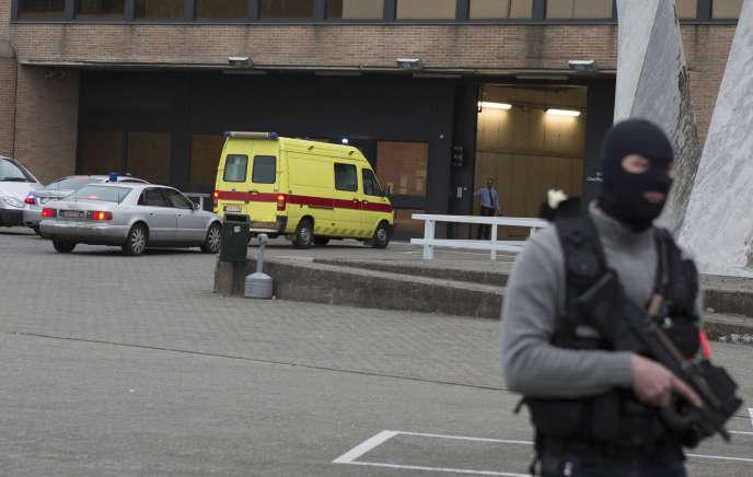 Le djihadiste Salah Abdeslam a été arrêté le 18mars à Molenbeek. Il a et incarcéré dans la prison de haute sécurité de Bruges.