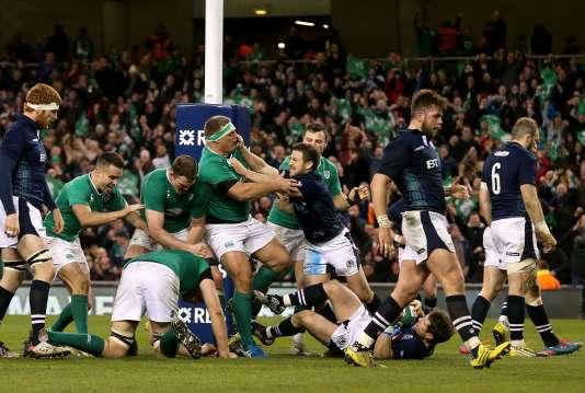 L'Irlande a dominé (35-25) l'Ecosse, samedi, lors de la dernière journée du tournoi des six nations.