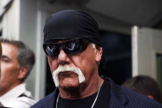 Hulk Hogan, le 18 mars à la sortie du tribunal de St. Petersburg, en Floride.