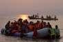 Des migrants arrivent à l'île grecque de Lesbos, le 20 mars 2016.
