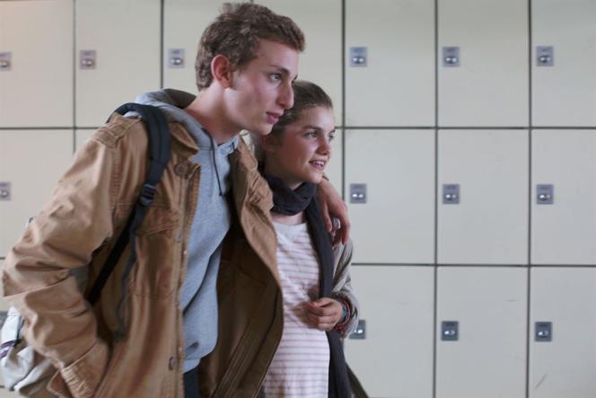 Kacey Mottet Klein et Galatéa Bellugi dans le film belge et français de Guillaume Senez,