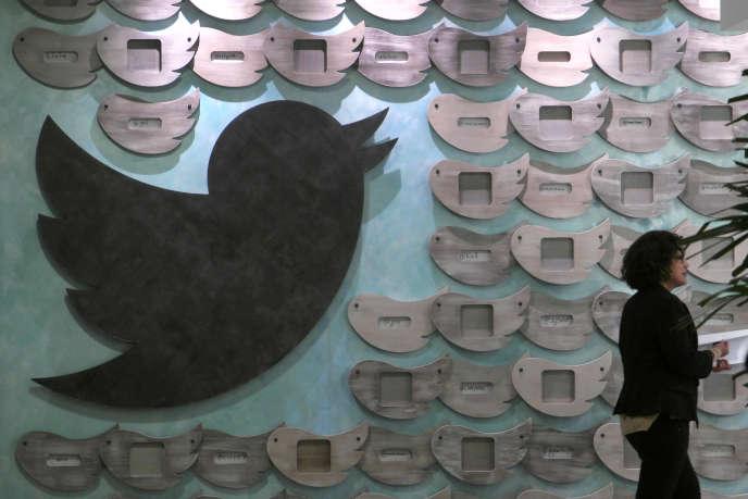 Dans les bureaux de Twitter, à Santa Monica (Californie). La principale difficulté du réseau social reste son incapacité à attirer et fidéliser de nouveaux utilisateurs.