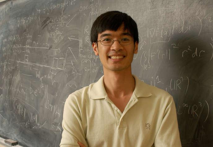 Terence Tao, spécialiste australo-américain de la théorie des nombres et médaille Fields, a déjà détaillé les rouages du biais dans la répartition des nombres premiers sur son blog, apportant une première caution à cette découverte.