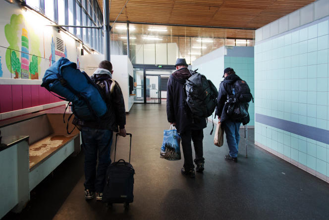 Dans les couloirs du centre d'accueil et de soins hospitaliers de Nanterre, le 19 mars.