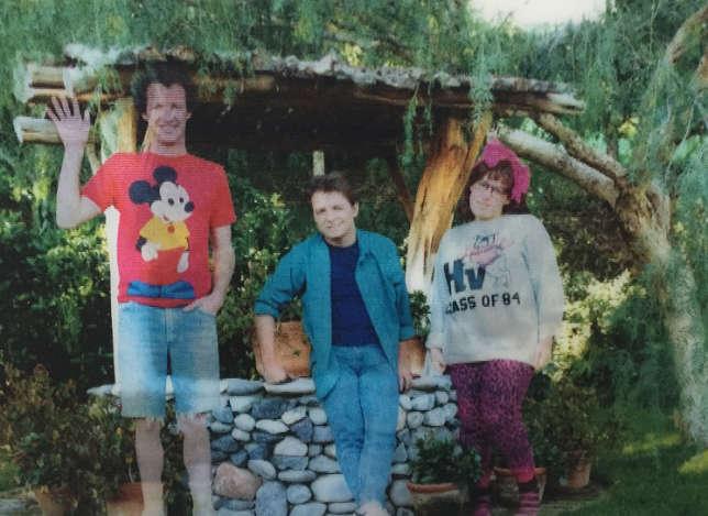"""Dans Le film """"Retour vers le futur I"""", sur la photo de famille de Marty McFly, les membres s'effacent peu à peu…"""