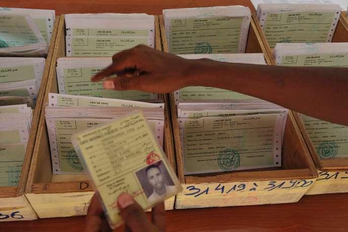 Un bureau de vote, Djibouti le 22 mars 2016. Les Djiboutiens sont attendus aux urnes le 8 avril 2016.  Le président sortant,  Ismaël Omar Guelleh est au pouvoir depuis le 8 mai 1999.