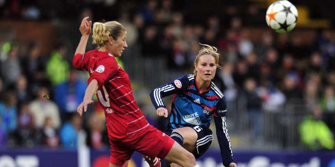 Amandine Henry, lors de la finale de la Ligue des champions 2011, face au Turbine Potsdam.
