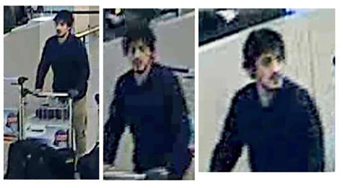 Des images prises par des caméras de vidéo surveillance à l'aéroport de Zaventem, à Bruxelles, montrant Najim Laachraoui, diffusées par la police fédérale belge.