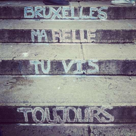 Sur les marches de la bourse de Bruxelles, le 23 mars.