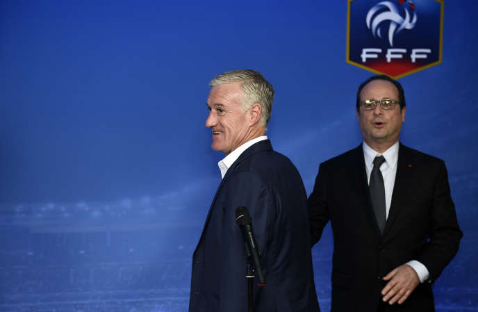 Didier Deschamps et François Hollande, en mars 2015, au Stade de France.