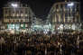 Rassemblement devant la Bourse de Bruxelles en solidarité avec les victimes des attentats du 22 mars 2016.