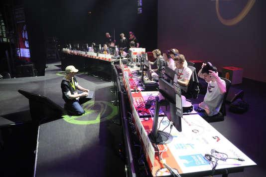 La Gamers Assembly tente de prendre le virage de l'e-sport, avec une mise en scène adaptée pour les matchs professionnels par équipes.