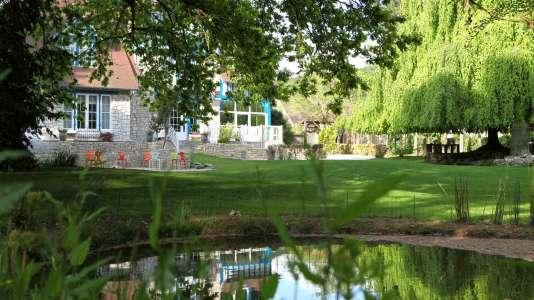 La villa anglo-normande du Jardin des plumes a été construite en 1912.
