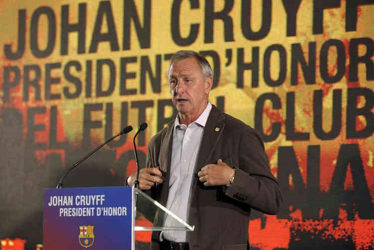 Le catalan d'adoption n'aura jamais quitté Barcelone. Il a été conseiller du président Laporta entre2003 et2010. En2010, il est nommé président d'honneur du Barça avant de démissionné avec l'arrivée du nouveau président, Sandro Rosell. Entre2009 et2013, il est sélectionneur de l'équipe de Catalogne, non reconnue par la FIFA.
