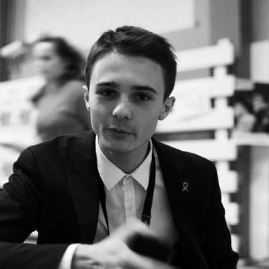 """Louis Pasquier, aujourd'hui rédacteur à """"La Mouette baîllonnée"""", journal du lycée Marcelin Berthelot à Saint-Maur-des-Fossés, près de Paris."""