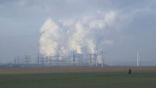 Une centrale nucléaire en france.