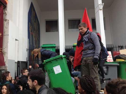 Lycée Maurice Ravel à Paris. Jeudi 24 mars.