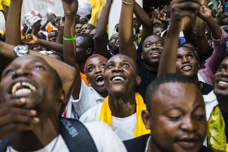Des soutiens du président Denis Sassou-Nguesso, le 24 mars 2016 à Brazzaville.