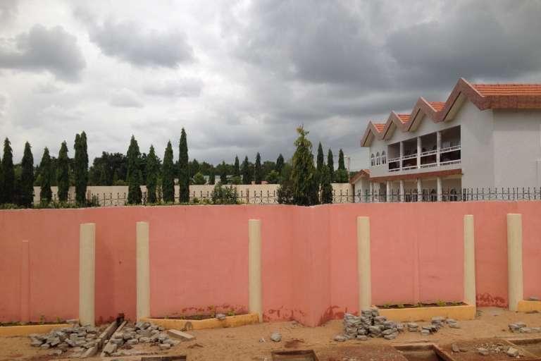 La résidence de M. Thomas Boni Yayi dans son village natal à Tchaourou, nord du Bénin, juin 2015.