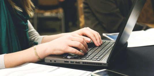 Depuis janvier2015, le compte personnel de formation permet d'acquérir des heures de formation tout au long de la vie, quelle que soit la situation professionnelle.