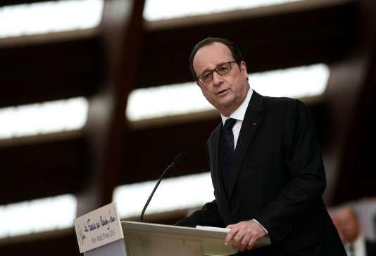 François Hollande, à l'INSEP, le 29 mars.