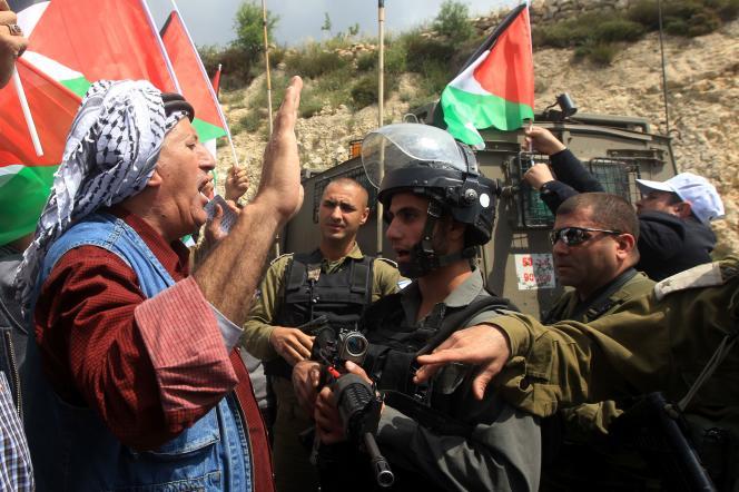 Manifestation de Palestiniens à Barqa (Ouest de Naplouse) en Cisjordanie le 30 mars.