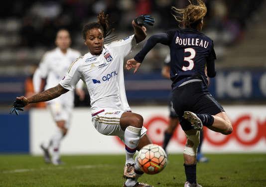 Le PSG et l'OL, ici lors d'un match de Ligue 1 en février, s'affronteront en demi-finale de la Ligue des champions.