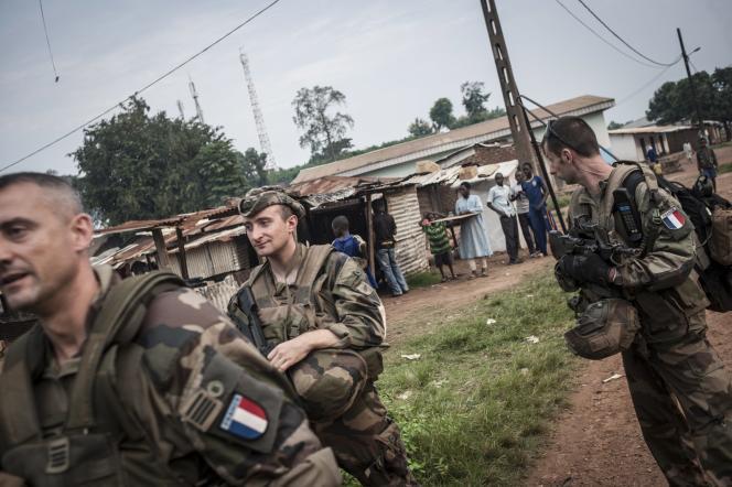 Des soldats français de Sangaris à Boda, en juillet 2014.