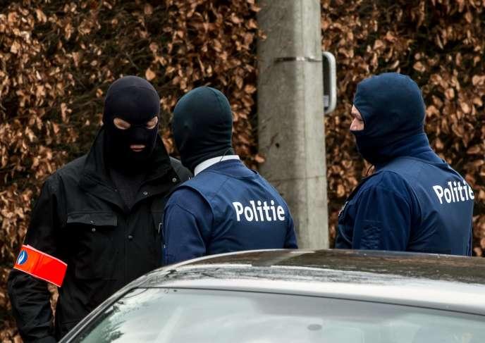 L'homme de 34 ans est soupçonné d'avoir participé à la préparation d'un attentat avec Reda Kriket, arrêté le 24 mars à Boulogne-Billancourt.