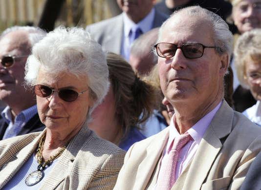 Ian Cameron et son épouse Mary, à Swindon, dans le sud de l'Angleterre, le 18 avril 2010.