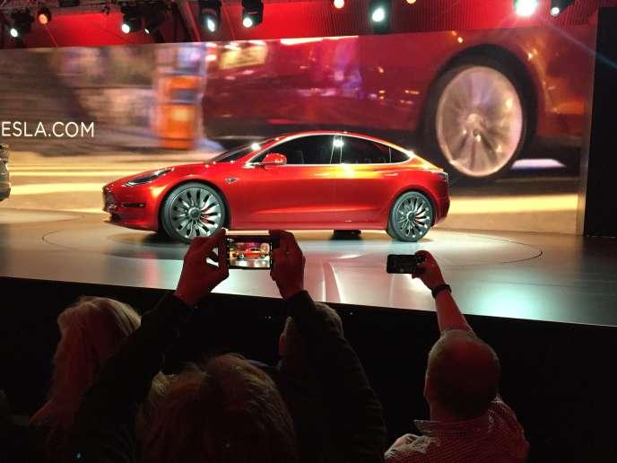 La Tesla Model 3, présentée le 31 mars.