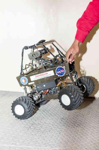Chaque année, la Mars Society organise une compétition de création de nouveaux engins téléguidés conçus pour l'exploration de la Planète rouge.