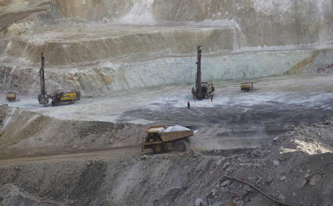 Exploitation de gisements d'or, de cuivre et de zinc sur le site de Bisha en Erythrée, en février 2016.