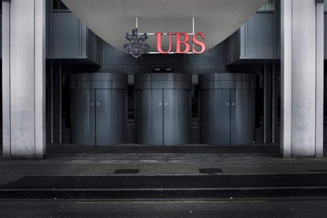 Banque UBS. Genève, mars 2009.