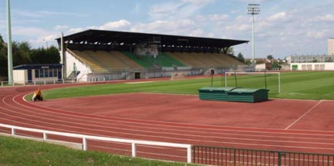Le stade Aimé-Bergeal, stade du FC Mantois.