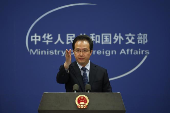 Hong Lei, le porte-parole du ministère des affaires étrangères, à Pékin, le 5 avril 2016.