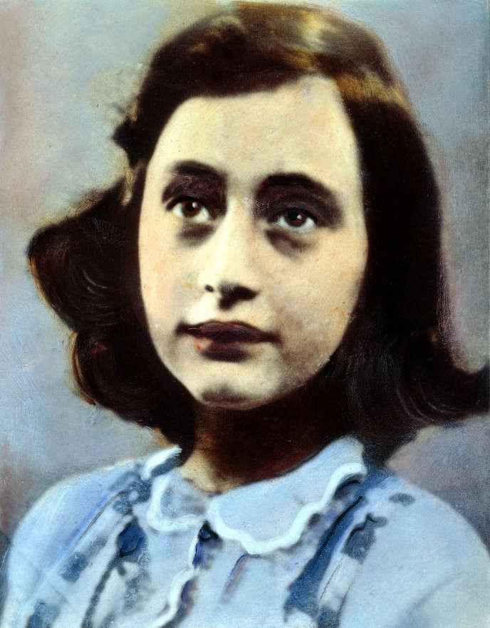 Anne Frank, à 11 ans, en 1940. Photographie rehaussée à l'huile.
