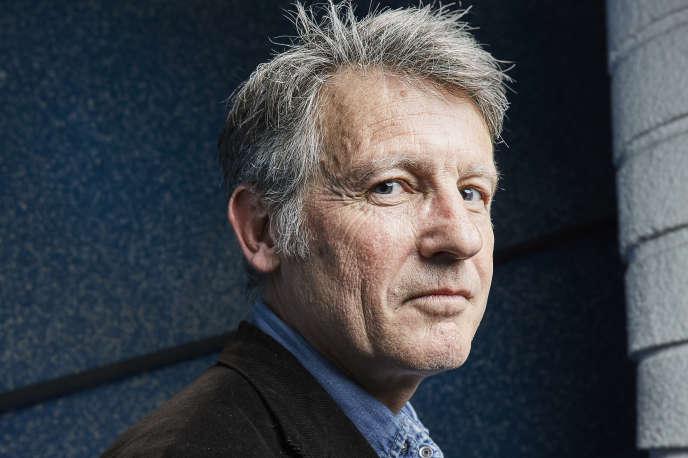 L'ancien ministre de l'éducation nationale Vincent Peillon signe un thriller géopolitique chez Stock,