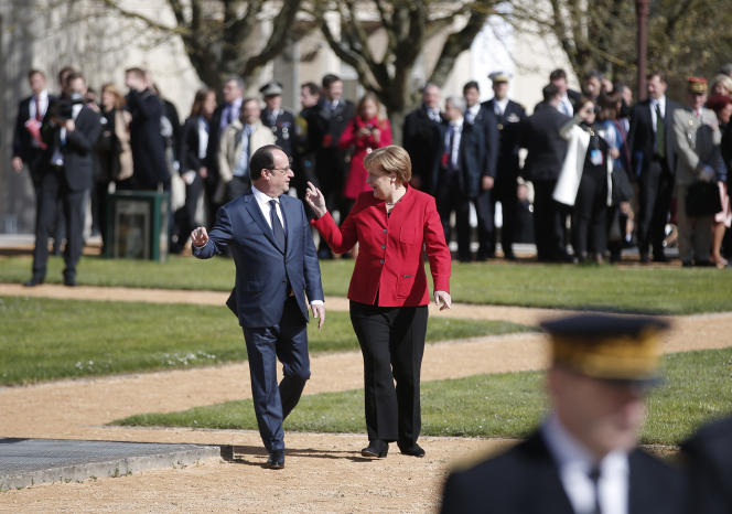 François Hollande et Angela Merkel à Metz, le 7 avril 2016.