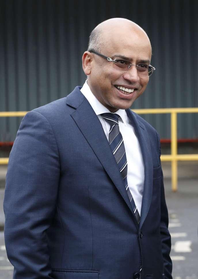 Sanjeev Gupta, dirigeant de GFG Alliance, sur un site acquis par sa filiale Liberty Steel, à Dalzell en Ecosse, le 8 avril 2017.