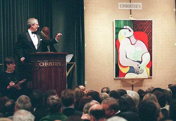 La vente de « Le Rêve » de Pablo Picasso chez Christie's lors de la « vente du siècle », le 10 novembre 1997 à New York.