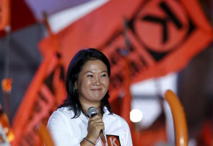 La candidate à la présidentielle au Pérou, Keiko Fujimori, lors d'un meeting électoral, le 7 avril 2016, à Lima.
