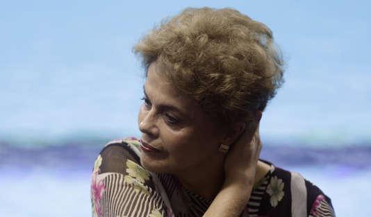 La présidente brésilienne, Dilma Rousseff, à Rio de Janeiro, le 8 avril.