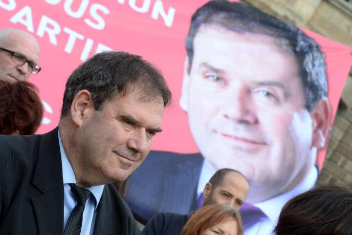 Christian Troadec, le maire de Carhaix (Finistère), s'est déclaré vendredi 8 avril candidat à l'élection présidentielle de 2017.