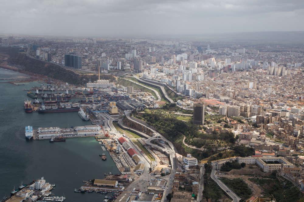 La baie d'Oran et son centre-ville.
