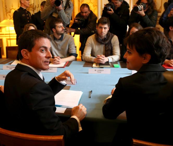 Manuel Vall, premier ministre et Najat Vallaud-Belkacem, ministre de l'éducation nationale, le 11 avril, à Matignon.