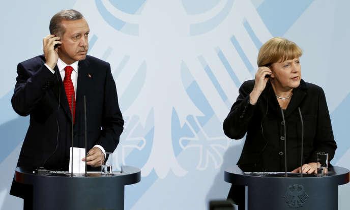 Recep Tayyip Erdogan et Angela Merkel lors d'une conférence de presse à Berlin, le 31 octobre 2012.