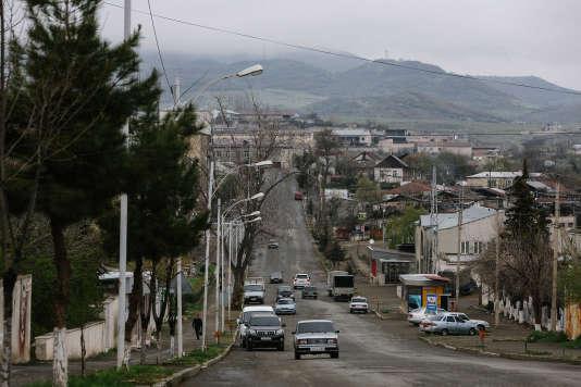 Vue du centre ville de Stepanakert, capitale du Haut-Karabakh, le 9 avril 2016.