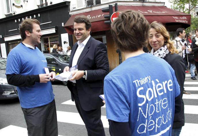 Thierry Solère, lors de la campagne des législatives en juin2012, à Boulogne-Billancourt (Hauts-de-Seine).