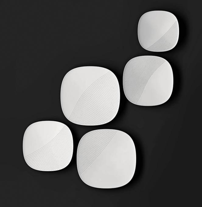 Elium Studio et Stéphane Bureaux ont conçu de la vaisselle soluble dans l'eau, constituée d'une matière plastique issue du lait.